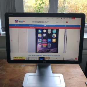 Second-hand HP W2207H 22-inch widescreen LCD Monitor by UKgoodbye