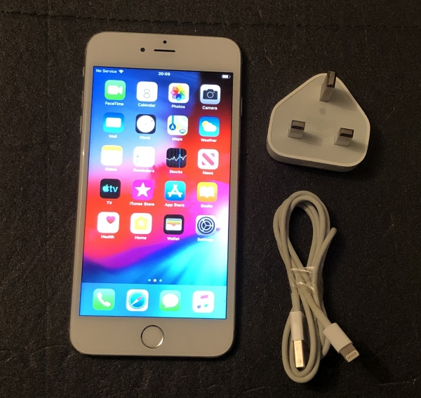 Second-hand Apple iPhone 6 Plus 64 GB white Cambridge, UK